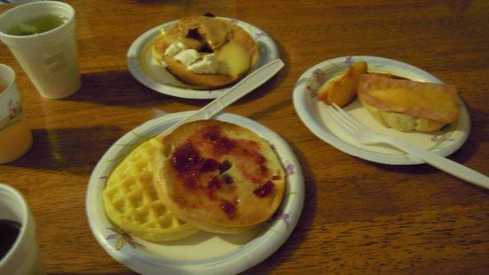 Kamuela Inn: 朝食