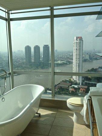 TheRiverSideBangkok Elegant Apartments: day view from the bathroom