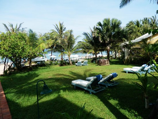 La Veranda Resort Phu Quoc - MGallery Collection : View from edge of pool area