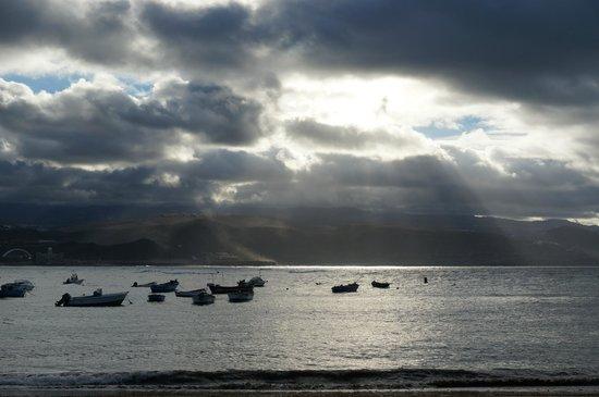 Playa de Las Canteras: Hurtigt skiftende vejr, men smukt er det!