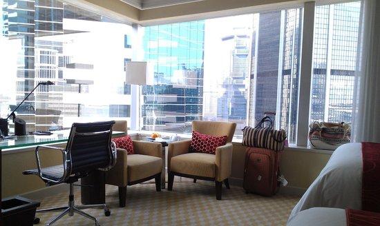 JW Marriott Hotel Hong Kong : Our little reading nooks