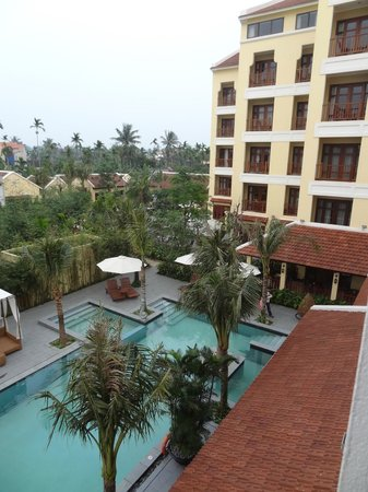 Essence Hoi An Hotel & SPA: View from Balcony overlooking pool