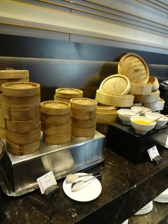 The Okura Prestige Bangkok : 朝食の点心
