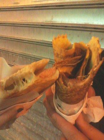 Chez Nicos : hot dog e crepes