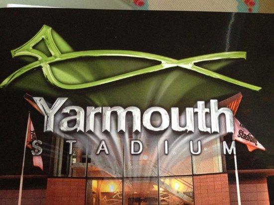 Caister-on-Sea, UK: Racing at Yarmouth