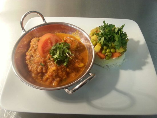 Matchbox Cafe: Mushroom and chickpea bhuna balti with Gujerati Biryani rice....
