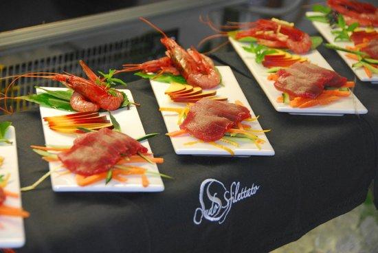 La Capanna - Osteria al Mare: crudosfilettato di crostacei e tonno
