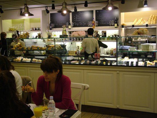 Louis Charden Cafe and Bakery: Louis Charden