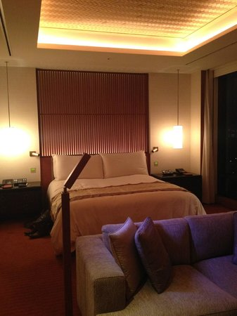 The Peninsula Tokyo: The super comfortable bed