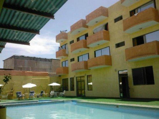 Hotel Costa Pacifico: Sector piscina