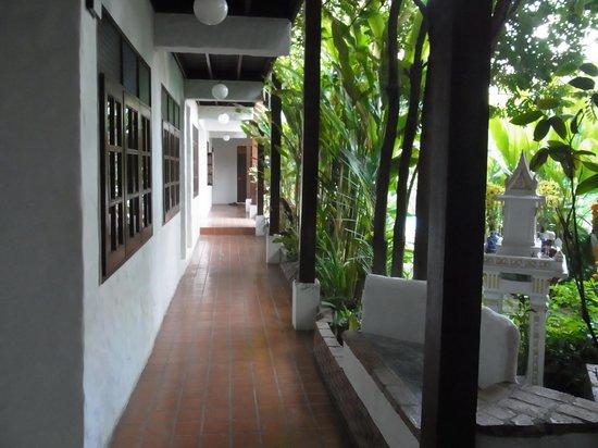 TR Residence: corridor