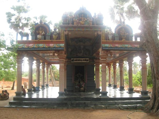 Tirunelveli, India: sastha temple