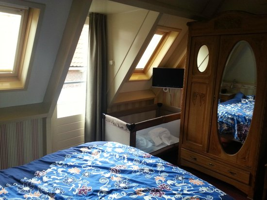 Hotel de Emauspoort: Apartment upstairs