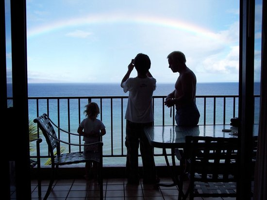 Aston Mahana at Kaanapali : great balconies in all rooms are oceanfront