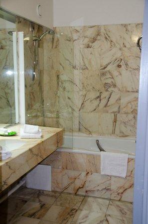 Couvent des Minimes - Alliance Lille : La salle de bain