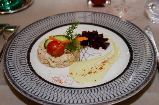 Couvent des Minimes - Alliance Lille : L'entrée  du repas gastronomique composée de crabe