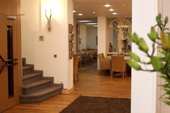 City Hotel Duesseldorf: Lobby