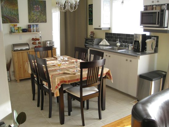 Gite Confort: cuisine et salle à manger