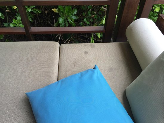 Shangri-La's Villingili Resort and Spa Maldives: terrible