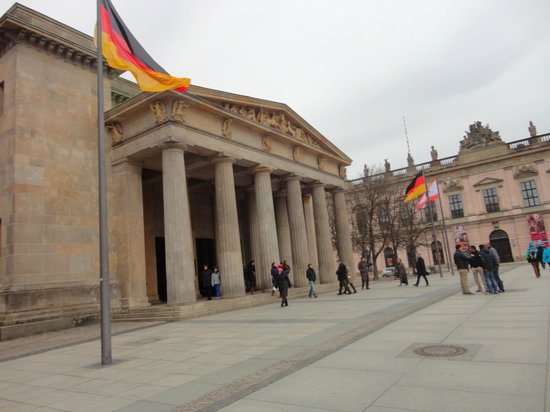 Novum Select Hotel Berlin Checkpoint Charlie: Alexanderplatz