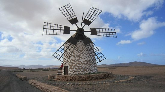 Hotel Boutique & Villas Oasis Casa Vieja: first of many windmills - just down the road