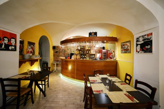 Gisira Pizza and Drinks: Ingresso