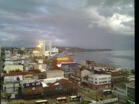 Hotel Gran Pacífico: Un dia nublado