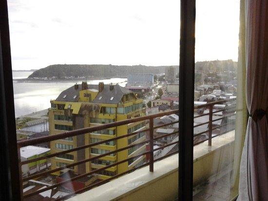Hotel Gran Pacífico: Vista desde el comedor hacia el puerto