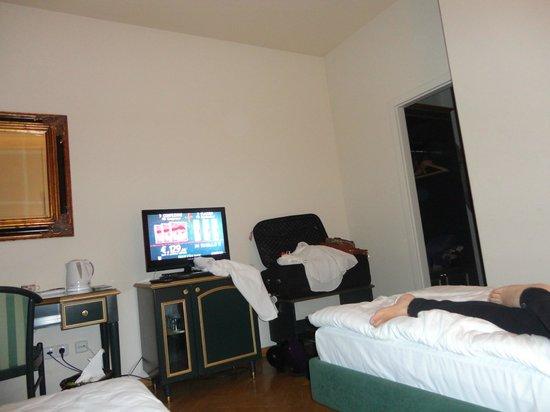 Hotel Elysee : Cuarto twin