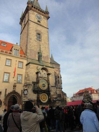 Hotel Elysee: Reloj Astronomico