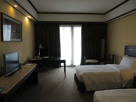 Sofitel Philippine Plaza Manila: Room2