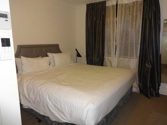Pensione Hotel Perth : Room