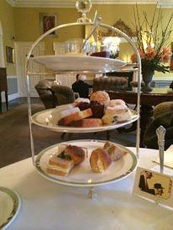 The Merrion Hotel: Art Tea