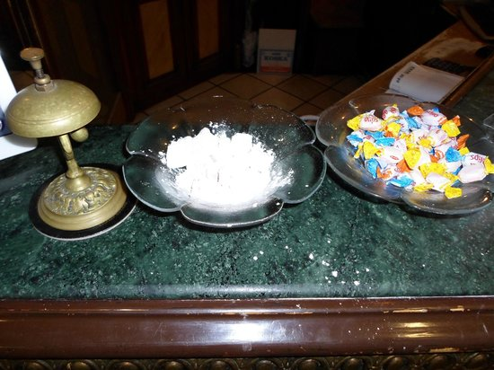 Nena Hotel: sweets at the reception desk ( I ate all the lokum)