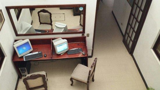 Hotel Dona Ines: Area internet free...