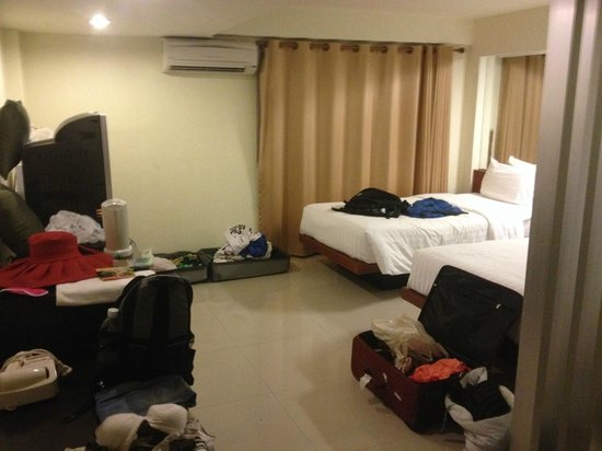 Me Hotel: Room