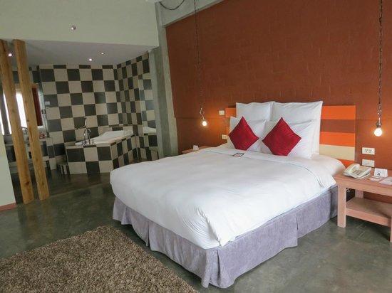 The Henry Hotel Cebu: bed