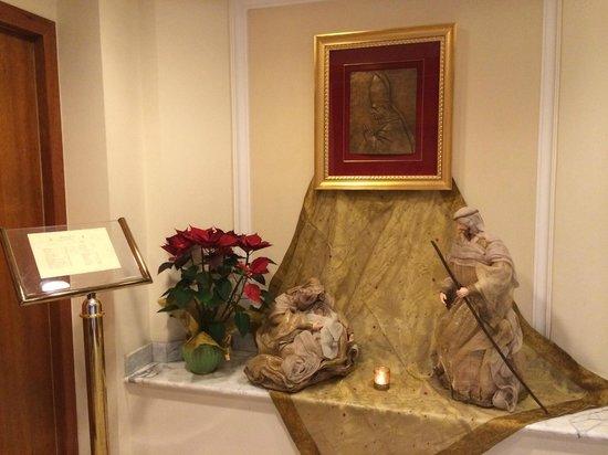 Residenza Paolo VI: Рождественская сказка в отеле