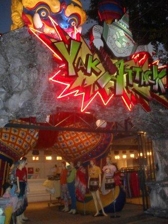 Phuket FantaSea: Some of the shops outside