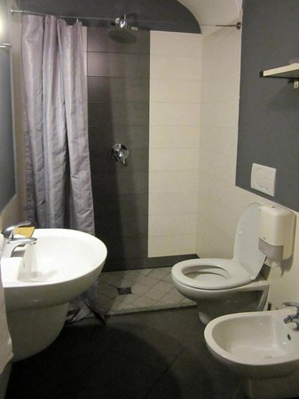 Adalesia Boutique Hotel : bathroom