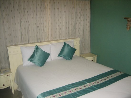 Eurana Boutique Hotel: Big bed