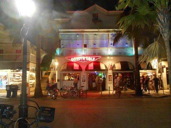 Duval Street: Street scene