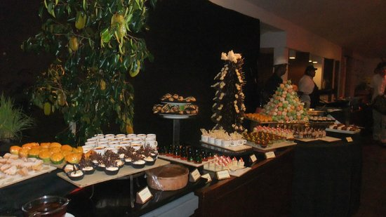Hotel Hilltop : Lovely food on New Year's Eve