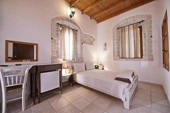 Cretan Villa Hotel & Apartments : Cretan Villa double room