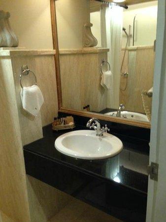 Balios Resort Khaoyai: Bathroom