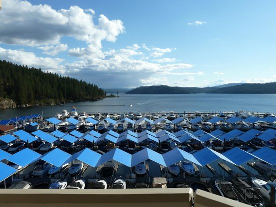 The Coeur d'Alene Resort : The view from the lake front room