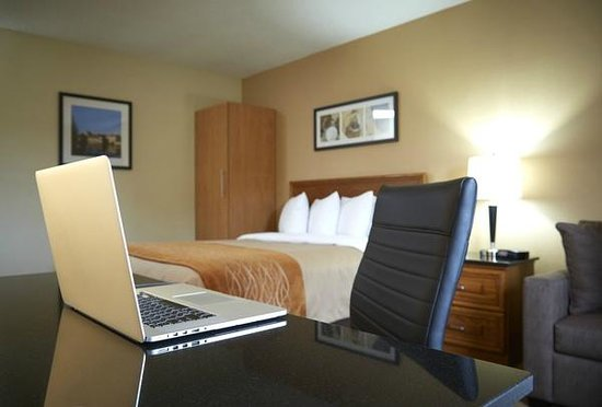 Comfort Inn Val D'Or: Free Wireless Internet Access