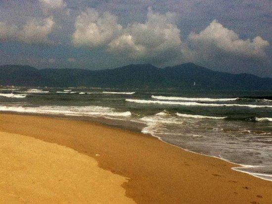 Mango Hotel: 5 mins to the beach