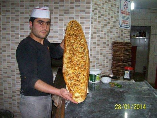 Meydan kebab house: pıdes