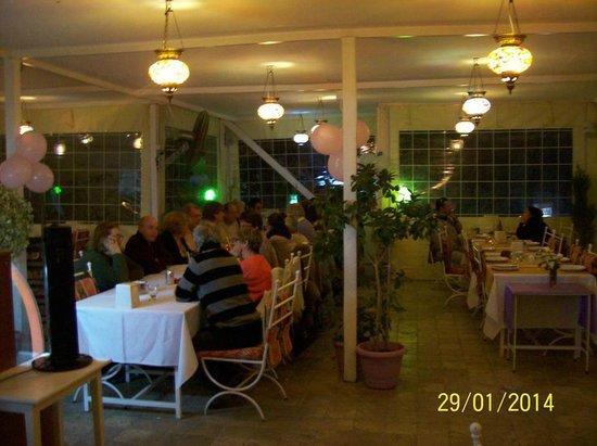 Meydan kebab house: party tıme